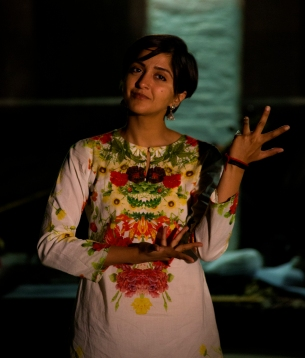 Amna Mawaz Khan